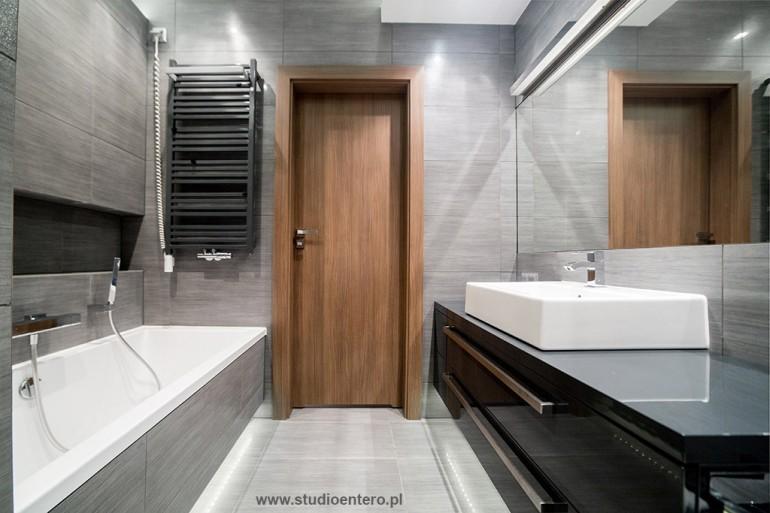 łazienka W Szarościach Studio Architektoniczne Entero